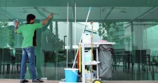 commercial window cleaning service